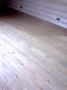 Деревянный пол после шилфовки