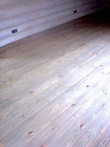 Реставрация деревянного пола и покрытие лаком